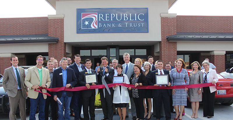 RIBBON CUTTING: Republic Bank